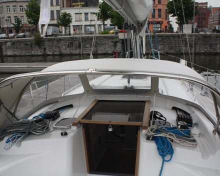 Buiskap detail extra RVS handgreep Winning Sails zeilmakerij