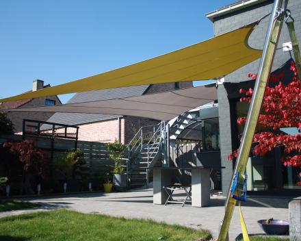Zonwering Soltis 2 kleur Winning Sails Tentstructuren