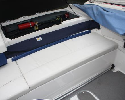 Winning Sails bootkussens herstofferen: sober wit en blauw naar lichtgrijs en blauw met motief