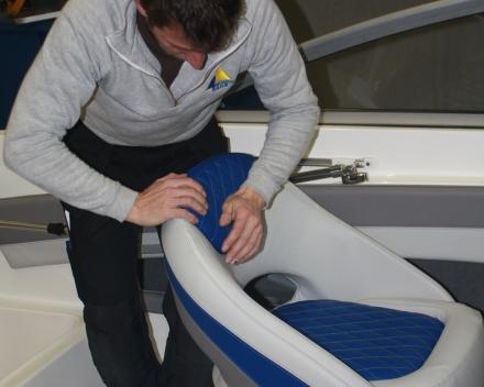 Bootkussens herstofferen: eigen plaatsingsdienst, trailerbare boten in het atelier Waasmunster, Winning Sails