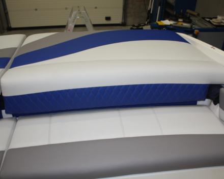 Bootkussens herstofferen Winning Sails: sober wit en blauw naar lichtgrijs en blauw met motief
